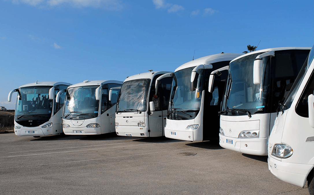 Bus Rental Services in Dubai 1