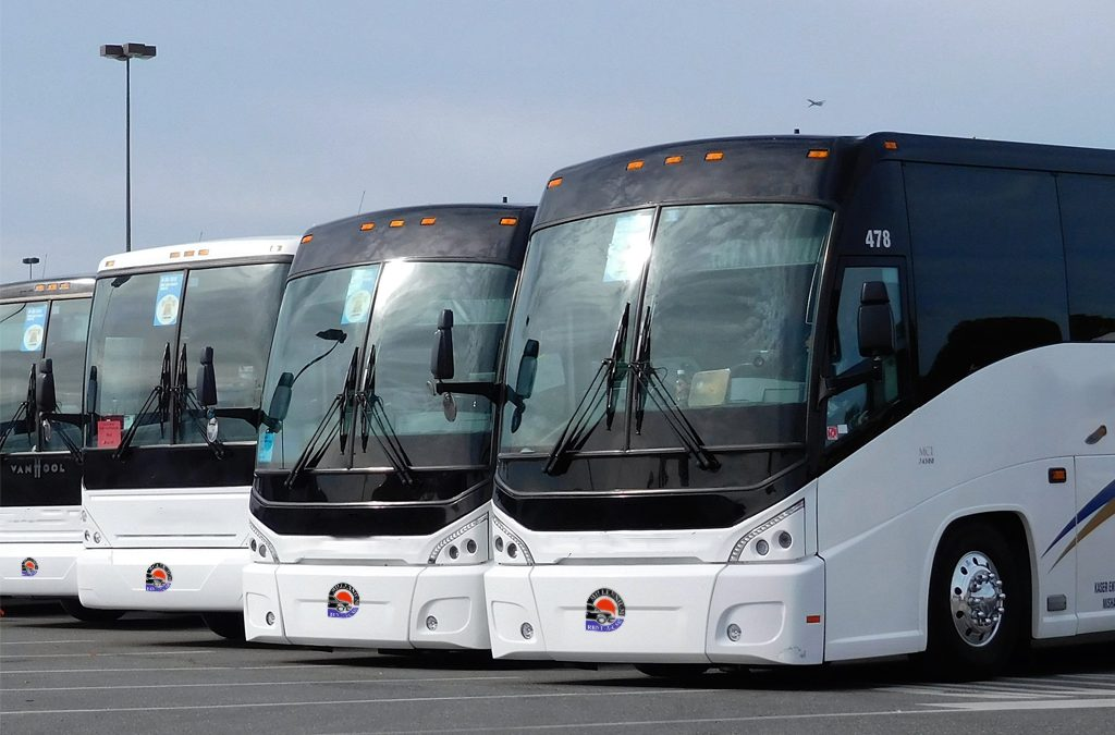 minor bus rental